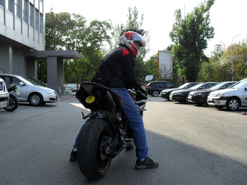 Yamaha R1 - Incepator - Haotik