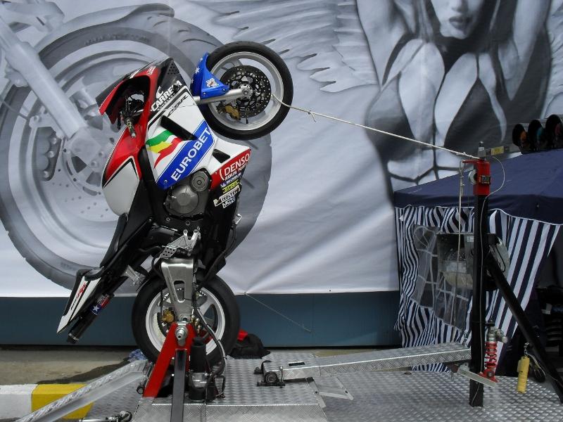 wheelie machine