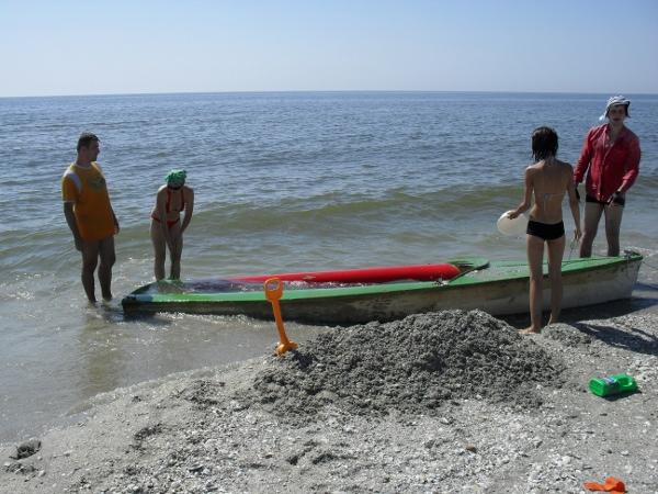 barca plina cu nisip